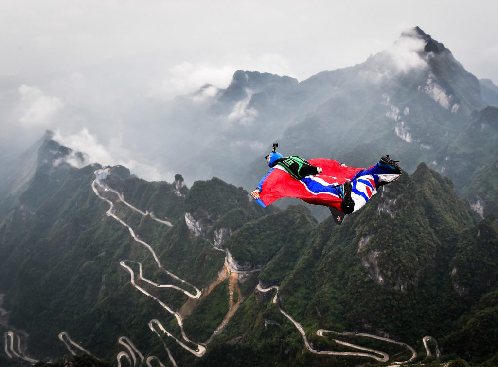 wingsuit base jump top10 extremsportarten