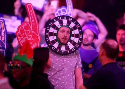 2018 William Hill World Darts Championship - Day Six - Alexandra Palace