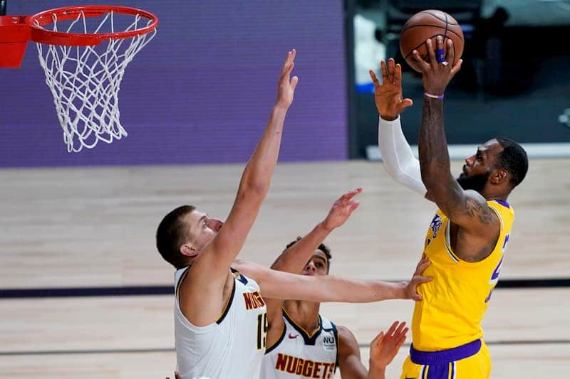 Lakers Nuggets jokic